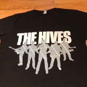 ❤️Free with purchase❤️ hives tshirt Large women's